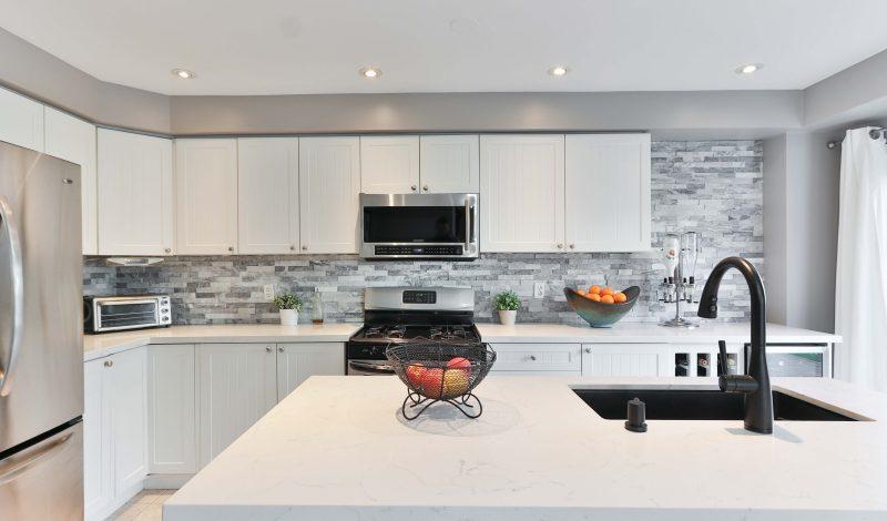 Smart Kitchen Renovation Ideas That Add Utility To Your Kitchen