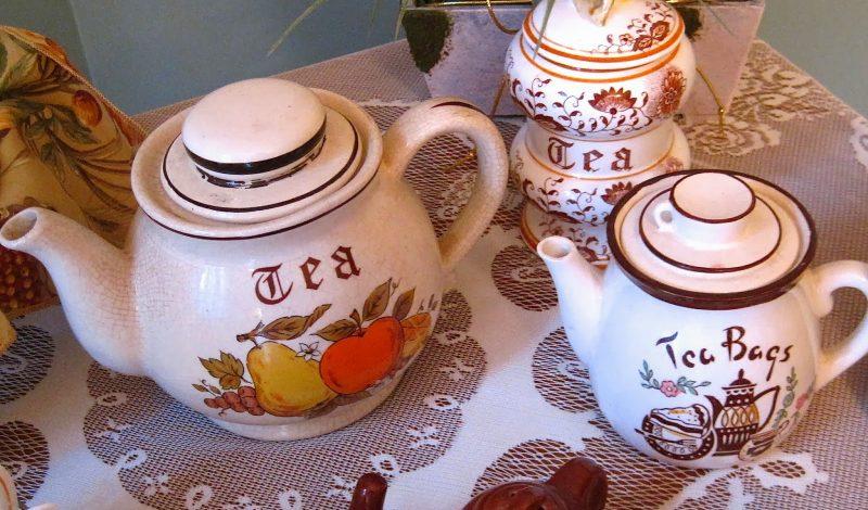 The Little Vintage Tea Trolley